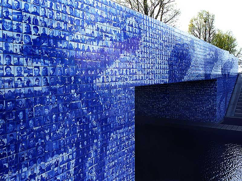 Public-Art-Elfstedenmonument BlokLugthart